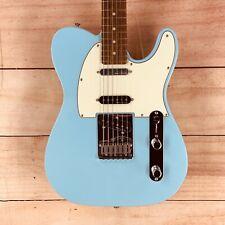 Fender Deluxe Nashville Telecaster, Daphne Blue, 8.5 lbs, DENTED