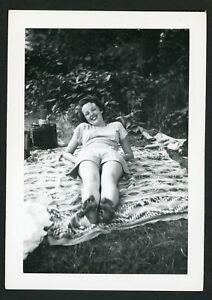 Women Sunbathing on Blanket Shorts Photo Snapshot 1940s Summer Legs Bare Feet