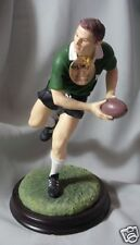 "THE LEONARDO COLLECTION  ""SPORTS WINNING PASS FIGURINE"" LP10820 MINT WITH BOX"