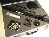 iSK RSC-1 Studio Condenser Microphone plus stand and Shock mount / pop filter