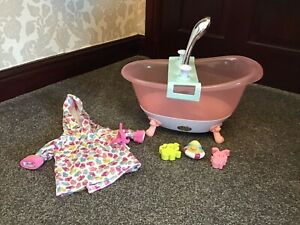 ZAPF CREATION BABY BORN DOLLS BATH WITH LIGHTS AND SOUNDS PLUS EXTRAS