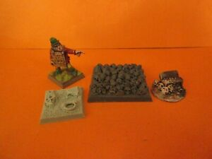 Unknown Warhammer resin Undead Scenery Skulls Bases Treasure