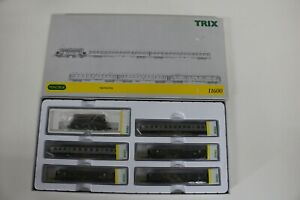 8514/3- Neuwertiges Minitrix Spur N Zugset 11600 inkl OVP mit Elektrolok