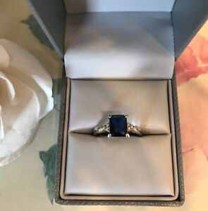 New sparkly high set blue sapphire diamanté ring silver size O 💝 & pouch
