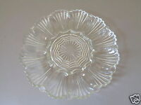 VINTAGE ANCHOR HOCKING WAVE / FAN SCALLOPED EDGE CLEAR GLASS DEVILED EGG PLATE
