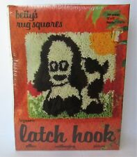 "BETTY'S RUG SQUARES 12"" X 12"" PUPPY DOG LATCH HOOK KIT, New In Package"