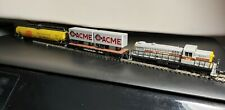 ATLAS N Scale LOCOMOTIVE Erie Lackawanna 906 New with 3 Freight Cars.
