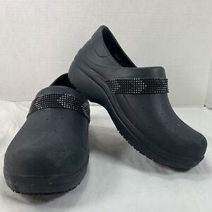Crocs Women's Felicity Dual Comfort Non-Slip Nurse Work Clog / Black / SIZE 6