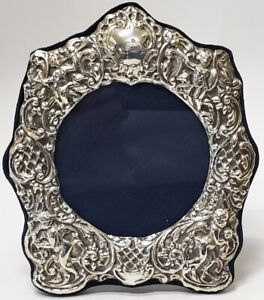 VICTORIAN STERLING SILVER CHERUB PORTRAIT PICTURE FRAME LONDON ENGLAND 7.25""