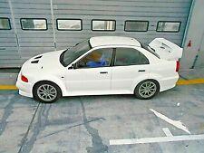 MITSUBISHI Lancer EVO 6 VI Rallye white weiss Street 1998 IXO NEU NEW !! 1:18