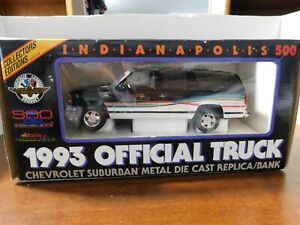 BROOKFIELD INDY 500 1993 OFFICIAL CHEVY SUBURBAN DIE-CAST BANK--NICE