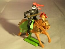 BRITAINS DEETAIL BLACK KNIGHT ON HORSEBACK WITH LANCE - 1971