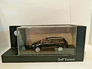 Dealer model, VW GOLF VARIANT , 1-43 scale,as new