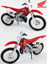HONDA CR250 1:18 Moulé Motocross 2-temps MX Jouet Modèle Vélo rouge neuf MAISTO