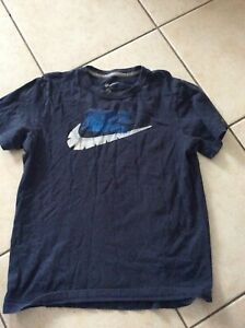 T Shirt Nike 12-13 Ans