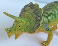 1999 Triceraptops Dinosaur Toy Figure Large 9.5 inch Long Green 2 Horns Great