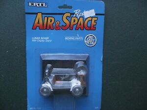 ERTL AIR & SPACE, DIE CAST, LUNAR ROVER WITH DISPLAY STAND, 1990