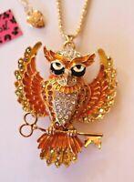 Green Enamel Body Night Owl with Black Crystal Eyes Pendant Necklace P670
