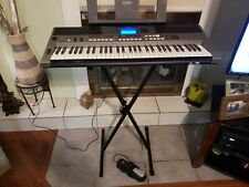 Yamaha Psr e443 electric keyboard with stand