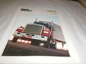 1970's CATERPILLAR DIESEL ENGINE FOR MACK SUOER-LINER TRUCK SALES BROCHURE