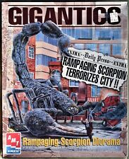 GIGANTICS HUGH SCORPION DIORAMA VINTAGE MODEL KIT AMT 1996