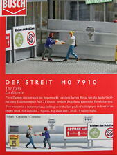 """Busch H0 7910 ACTION SET """"Der Streit"""" mit 2 Figuren und Regal 1:87/H0 NEU/OVP"""