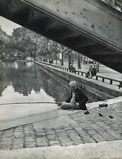 1955 Vintage FISHING Man Birds HUMOR France Photo Art 16x20 By ROBERT DOISNEAU