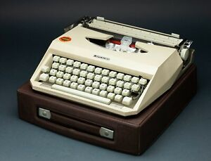 1960s Mercedes Portable Typewriter With Case German - Works - Made in Italy rare