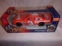 Winners Circle NASCAR 1:24 Diecast Car 1997 Stock Car Dale Earnhardt Wheaties