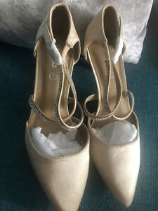Champagne DeMonte strappy shoes size 4 perfect for a wedding new