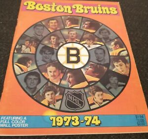 1973-74 BOSTON BRUINS Yearbook BOBBY ORR Phil Esposito O'REILLY Bucyk w/ POSTER