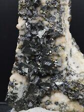 Tétrahédrite Rhodochrosite sphalérite - 152 grammes -  Cavnic, Roumanie