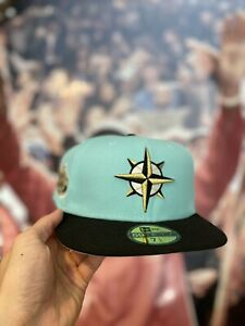 HAT CLUB EXCLUSIVE NEW ERA MINT CONDITION SEATTLE MARINERS  7 1/2- In Hand