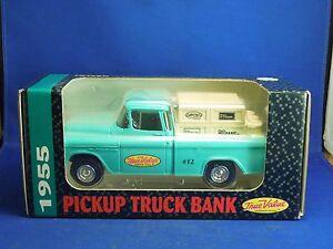 Vintage 1993 ERTL Pickup Truck Bank 1955 True Value Hardware Store Truck