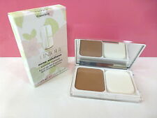 NIB Clinique Acne Solutions Powder Makeup Compact - 18 Sand (M-N) Boxed