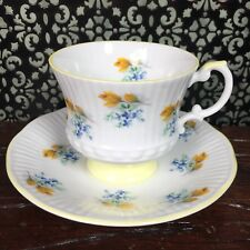 Pretty Elizabethan Tea Cup & Saucer Set Yellow Flowers Floral English Bone China