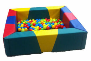 Soft Play Toys For Kids PVC Foam Children's MultiColoured Square Ball Pool 4ft