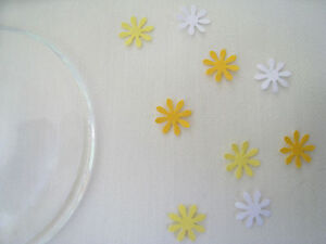 400 Tiny Flowers Paper Table Confetti Sprinkles Yellow White 1cm Wedding / Party