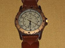 VINTAGE WATCH  TIMEX  QUARTZ  WRISTWATCH NOT WORKING