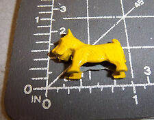 Vintage Cracker Jack Charm - Yellow Scotty Dog - w Display box great collectible