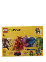 NEW LEGO Classic Basic Brick Set 11002 300 Pieces Sealed Box