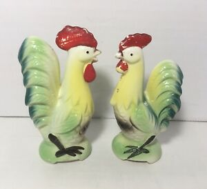 Vintage Artmark Rooster Salt & Pepper Shakers
