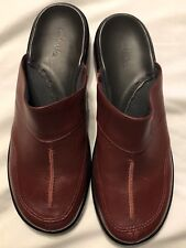Clark's Ladies Shoes Mules Leather Slip On Size 7M Burgundy