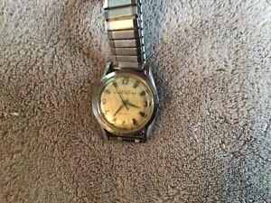 Vintage Men's Croton Nivada Grenchen Automatic Wrist Watch Runs Good