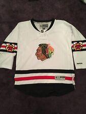New listing Genuine White Chicago Blackhawks Hockey Shirt Kids Size L/XL Reebok