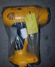 Dewalt 392665-02 Clamshell Set For Cordless Hammer Drill