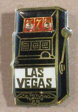 USA- Las Vegas slot machine - lapel pin P58
