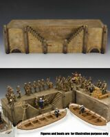 KING & COUNTRY DIORAMA SP029 THE JETTY MIB