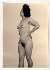 Mature wife posing nude for husband/nudo * VINTAGE 1950s amatoriale Photo #16