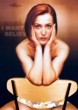 Gillian Anderson A4 photo #4
